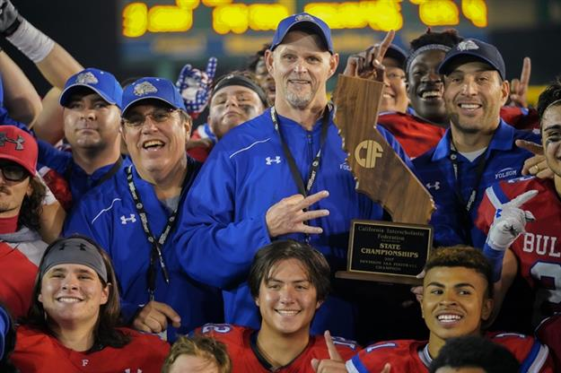 Coach Kris Richardson and Folsom High School football team