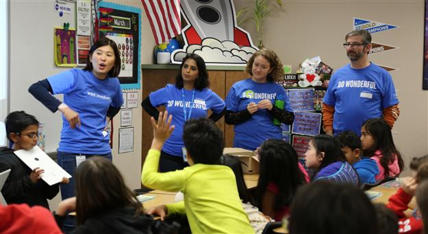 VIDEO: Intel employees volunteer to inspire future engineers