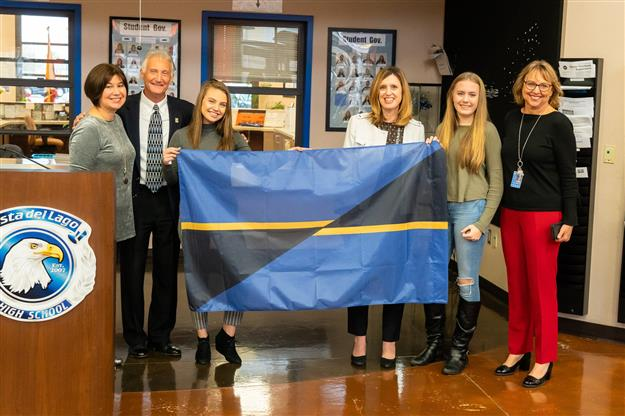 Vista students' flag design chosen to represent the City of Folsom