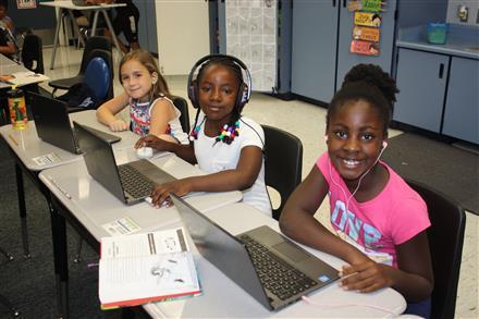 Rancho Cordova Elementary / Homepage