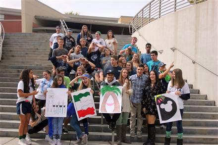 Vista del Lago High School / Homepage